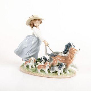 Puppy Parade 1006784 - Lladro Porcelain Figure