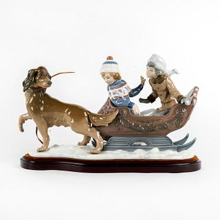 Sleigh Ride 1005037 - Lladro Porcelain Figure with Base