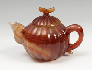 Teapot. China, 19th century Cornelian. It carries a label of origin of old collection.