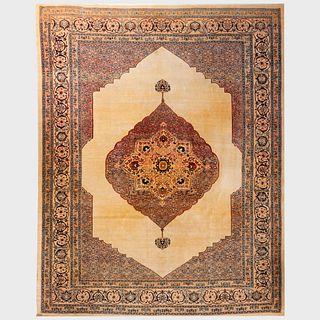 Persian Tabriz Central Medallion Carpet