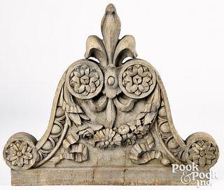 Fleur-de-lis and swag architectural element