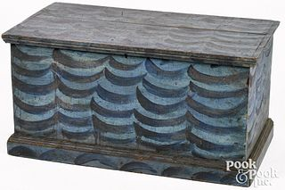 Small New England painted pine trunk, 19th c., ret