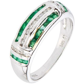 RING WITH EMERALDS AND DIAMONDS IN 14K WHITE GOLD Square cut emeralds ~0.30 ct and 8x8 cut diamonds ~0.19 ct. Size:6¾