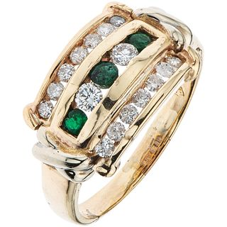 RING WITH EMERALDS AND DIAMONDS IN 14K AND 10K YELLOW GOLD Round cut emeralds and brilliant cut diamonds. Size: 10 ¼