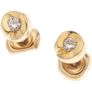 PAIR OF STUD EARRINGS WITH DIAMONDS IN 14K YELLOW GOLD Brilliant cut diamonds ~0.12 ct. Weight: 1.8 g