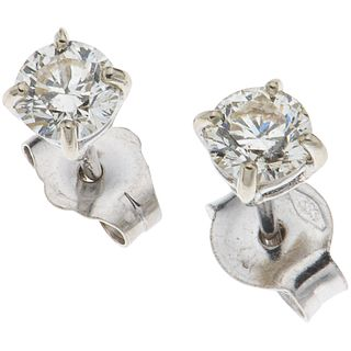 PAIR OF STUD EARRINGS WITH DIAMONDS IN 14K WHITE GOLD 2 Brilliant cut diamonds ~0.54 ct Clarity: VS2-SI1 Weight: 0.7 g