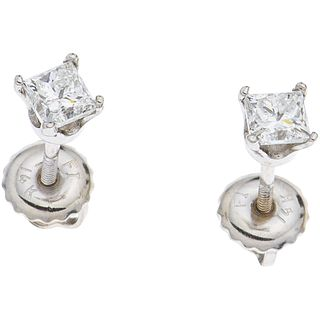 PAIR OF STUD EARRINGS WITH DIAMONDS IN 14K WHITE GOLD 2 Princess cut diamonds ~0.48 ct Clarity: SI2-I1 Color: J-K