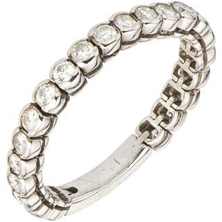 RING WITH DIAMONDS IN 18K WHITE GOLD Brilliant cut diamonds ~0.80 ct. Weight: 4.0 g. Size: 8 ¾