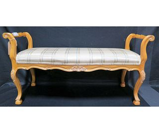 HICKORY MFG CO. COUNTRY FRENCH STYLE BENCH