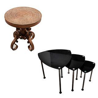 Lote de mesas. SXX - XXI. Consta de:  Juego de mesas nido. Elaboradas en vidrio templado color negro y metal cromado. Otra.