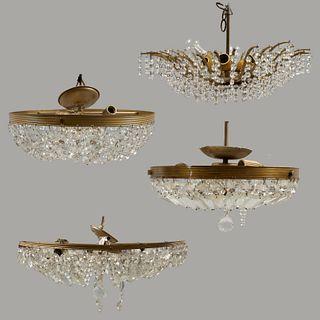 Lote de 4 lámparas de techo. SXX. Estilo imperio. Elaboradas en metal dorado. Para 3, 6 y 8 luces. 65 cm de diámetro (mayor)
