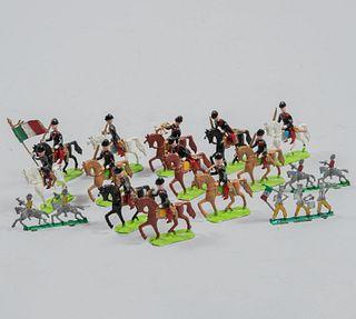 Colección de 15 soldados de plomo. México, SXX. Diferentes ejércitos. 8 cm (mayor).