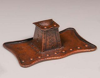 Arts & Crafts Hammered Copper Inkwell Tray c1910