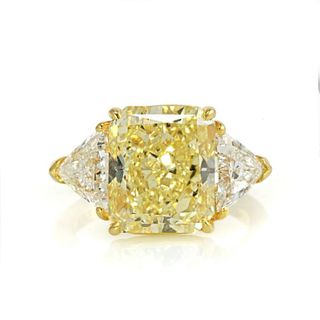 6 CARAT RADIANT CUT DIAMOND FANCY YELLOW GIA