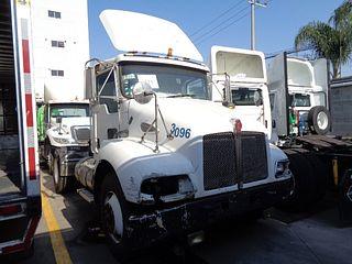 Tracto camión Kenworth T300 2008