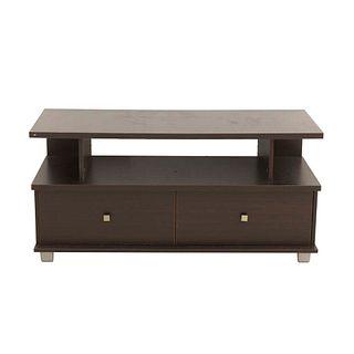 Mueble para TV. SXXI. Elaborado en aglomerado. Con cubierta rectangular, vano central y 2 cajones. 58 x 120 x 45 cm