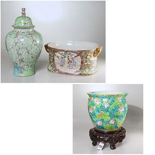 Chinese porcelain fish bowl, foot bath and jar