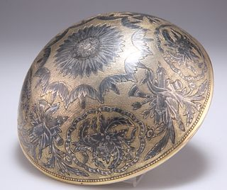 A LATE 18TH CENTURY SILVER-GILT AND NIELLO WORK DRINKING BO
