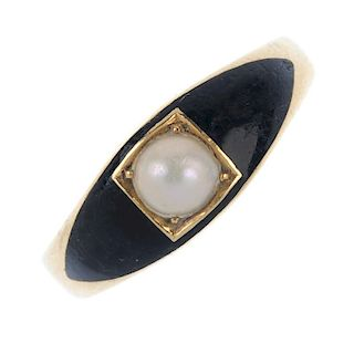 An early 20th century 18ct gold enamel and split pearl memorial ring. The split cultured pearl, with