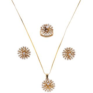 SET OF NECKLACE, PENDANT, RING AND PAIR OF EARRINGS WITH DIAMONDS IN 14K YELLOW GOLD Brilliant cut diamonds ~3.80 ct