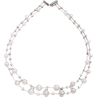 CHOKER WITH CULTURED PEARLS AND DIAMONDS IN 18K WHITE GOLD White pearls, brilliant cut diamonds ~3.60 ct