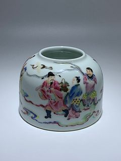 Qing Dynasty Yongzheng Period Made Mark, Famille Rose Figure Porcelain Jar