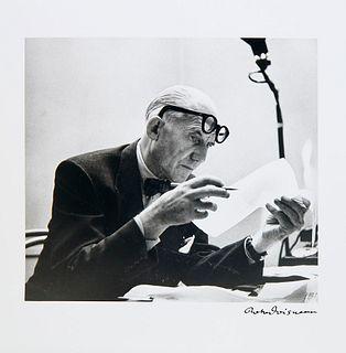 Doisneau, Robert u. Jean Petit Bonjour Monsieur le Corbusier. Mit 1 sign. OPhototographie und zahlr. Abbildungen von R. Doisneau. Zürich, Grieshaber,