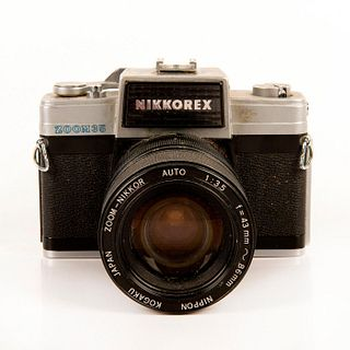 Nikkorex Zoom 35mm Film Camera