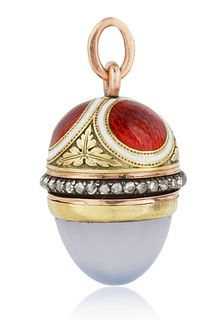 A 1908-1912 FABERGE AUGUST HOLLMING RUSSIAN GOLD, DIAMOND, MOONSTONE AND ENAMEL EGG PENDANT, ST. PETERSBURG