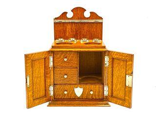 Edwardian Gentleman's Oak Dresser Box