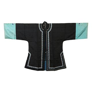 A BLACK-GROUND EMBROIDERED LADY'S ROBE