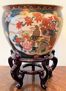 Large Chinese Porcelain Jardiniere Fish Bowl