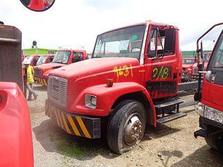 Camión Freightliner FL70 2003