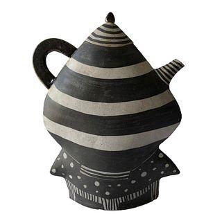 Kazuko Matthews Post Modern California Studio Stoneware Teapot with Lid