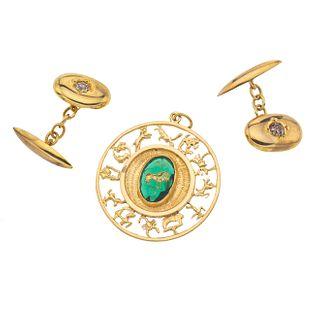 Pendiente y par de mancuernillas con diamantes en oro amarillo de 10k y 18k. 2 diamantes corte brillante
