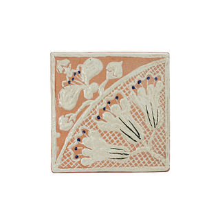 Beautiful handpainted white flowers in a fan form on terracotta background. 87 pieces. They can be purchased in groups of ten.