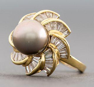 Vintage 18K Yellow Gold Diamond & Black Pearl Ring