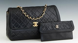 Vintage Chanel Single Flap Shoulder Bag, in black quilted calf leather with gold hardware, opening to a maroon calf leather lined interior with matchi