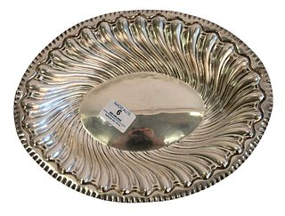 English Silver Oval Bowl, Chas Stuart Harris 1867 - 1888, length 11 3/4 inches, 10.2 t.oz. Provenance: The Estate of Alan Gans, Mulberry Point, Guilfo