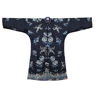 A BLACK-GROUND EMBROIDERED FLORAL LADY'S ROBE