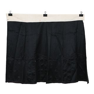 A BLACK-GROUND EMBROIDERED SKIRT