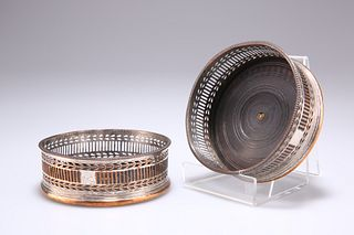 A PAIR OF OLD SHEFFIELD PLATE COASTERS, c.1790, circular pierced form with