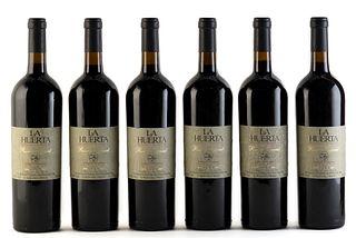 Six La Huerta Reserva Especial bottles, vintage 1997. Viña San Pedro S.A .. Category: Cabernet Sauvignon red wine. Lontue (Chile). Level: A. 750 ml.