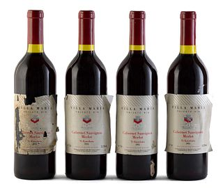 Four Villa María Te Kauwata bottles, vintage 1993. Villa Maria Estate Winery. Category: red wine. Tauwhata, Mangere Aukland (New Zealand). Level: A/B.