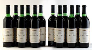 Twelve Catena Reserve Cabernet Sauvignon bottles, 1991 vintage. Bodegas Esmeralda Category: red wine. Junín, Mendoza (Argentina). Level: A / B. 750 ml