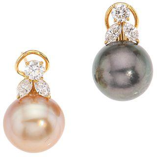 PAR DE ARETES CON PERLAS CALABAZO Y DIAMANTES EN ORO AMARILLO DE 18K Y 14K con perlas color negro y dorado   PAIR OF EARRINGS WITH CALABOZO PEARLS AND