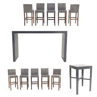 Set de muebles para bar. SXXI. Elaborado en madera y aluminio Consta de: 10 Sillas altas. Con respaldos cerrados.