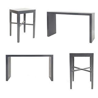 Set de muebles para bar. SXXI. Elaborado en madera. Consta de: a) 2 Mesas consola. Cubierta rectangular y soportes tipo zócalo.