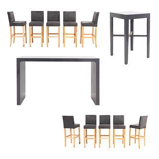 Set de muebles para bar. SXXI. Elaborado en madera y aluminio Consta de 10 Sillas altas. Con respaldos cerrados y 2 mesas