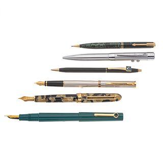 Tres plumas fuentes dos bolígrafos y lapicero en metal y resina de las firmas Platinum, Omas, Parker Cross y Waterman. Clip en acero